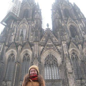 Laura kontra honvágy – Köln