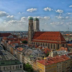 Au pair-t keresünk Münchenbe (magyar anyuka)