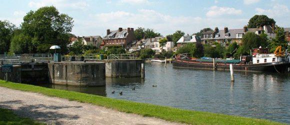 Au pair-t keresünk Angliába (Sunbury-on-Thames)
