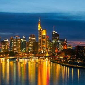 Nanny-t keresünk Frankfurtba