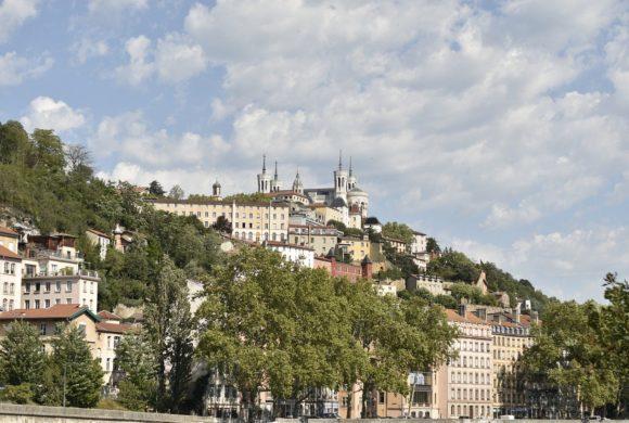 Au pair-t keresünk Lyon környékére